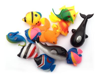 Nijimi free floating toy fish the aquarium shop australia for Toys for betta fish